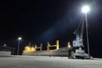 Ultimata l'ultima fase di straordinaria manutenzione intervenendo su  tre torri faro a servizio di 400 metri di banchina del Porto di Monfalcone.